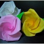 父の日のプレゼントに、折り紙でバラの花を手作りしよう!