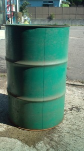 B ドラム缶で作る自作のバーベキューコンロ_html_m4ec8c003