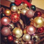 人と同じクリスマスリースでは満足できない方に!100均で簡単にできる作り方アイディア集